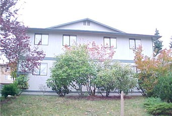 3322 Lombard Avenue-01